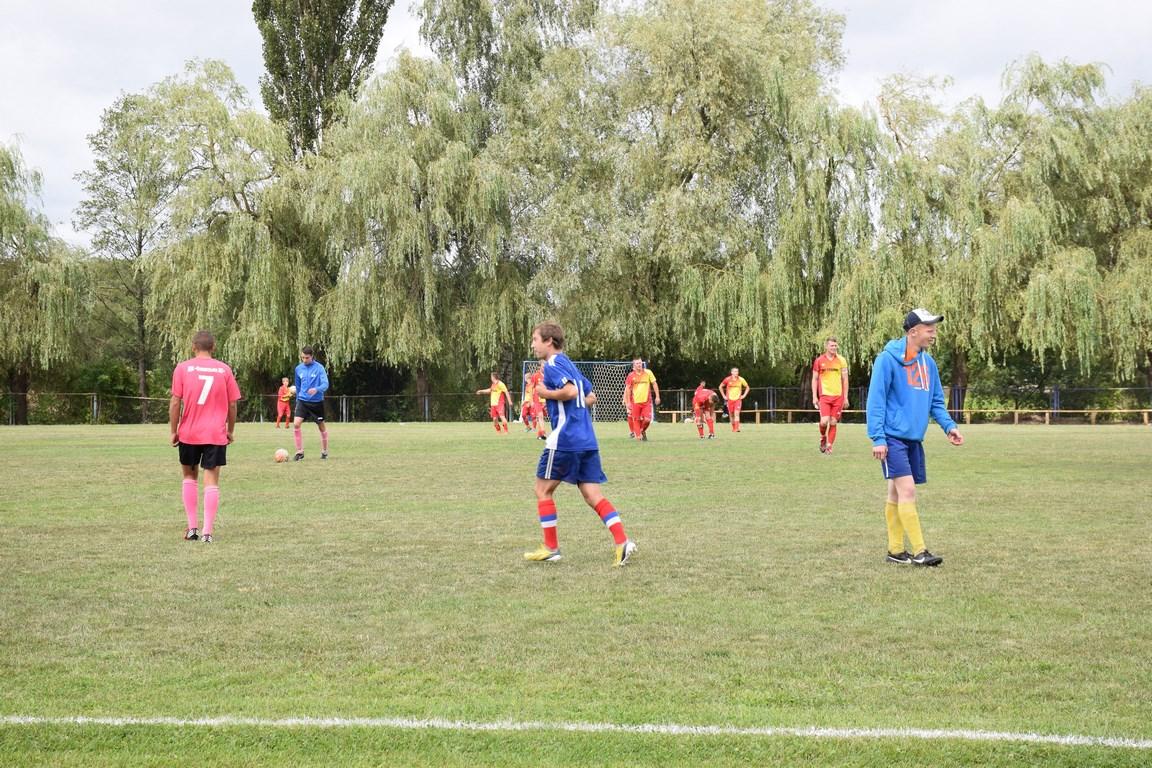 футбол (2)